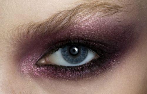 Make-up atValentino Spring 2009 at 柔