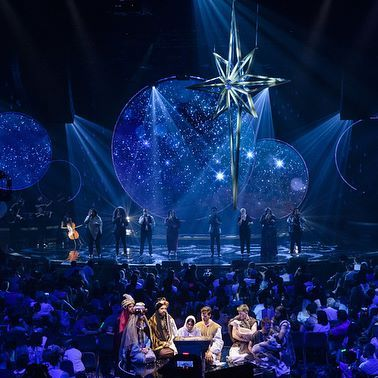 2017 Hillsong Christmas Spectacular - no words! Sooooo good! Well done and thank you, team.  My family and I loved it!  pics by @photography.hills