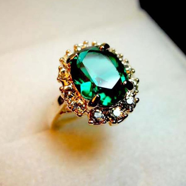 Emerald crystal with Diamond ring-in Rings from Jewelry on Aliexpress.com