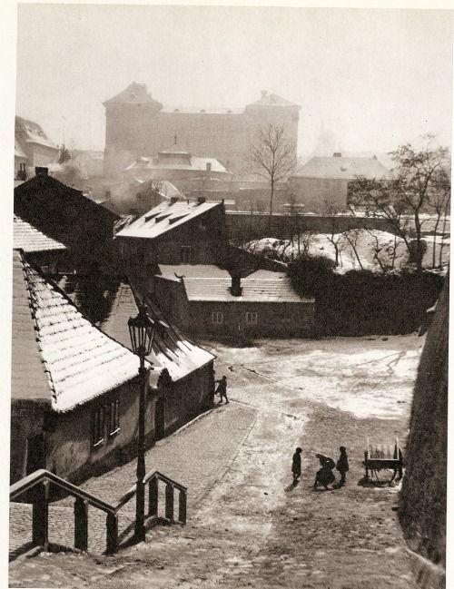 Winter Prague by J.Lauschmann, New World 1935