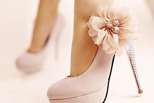 Cute!: Pink Flowers, Fashion, Style, Wedding Shoes, Flowers Shoes, Pink Heels, Bridesmaid Shoes, Pink Shoes, High Heels