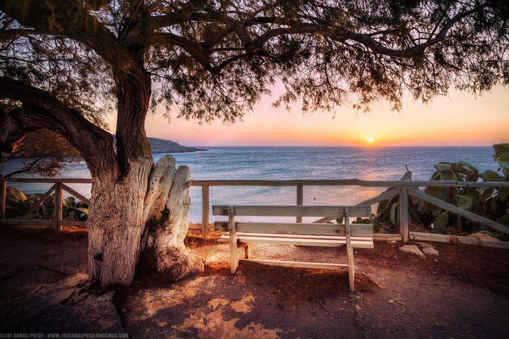 Photo Sunrise at Kato Zakros, Crete, Greece par Joe Daniel Price on 500px
