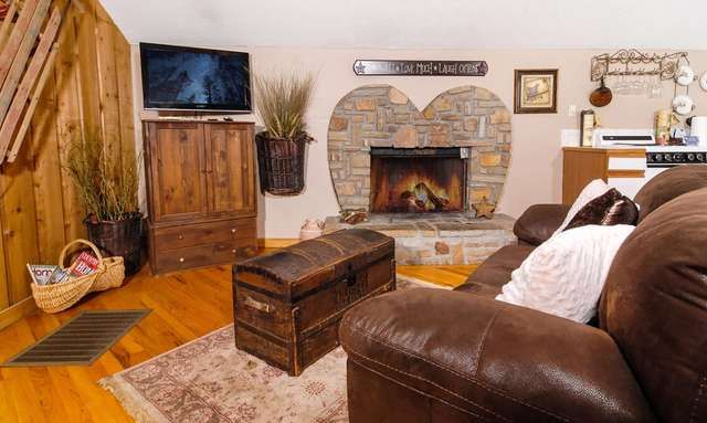 Cabins For You - Gatlinburg and Pigeon Forge TN Cabins