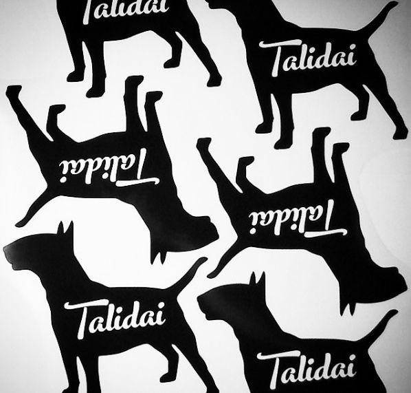 Nálepky | Stickers #talidai #stickers #b&w #new #bullterrier #nalepky #nove #odblackberry #byblackberry #bulik #bulici #obojkyblackberry #collarsbyblackberry #customizedsticker #ploter #plotr #dog #pes #cutby@esjedna