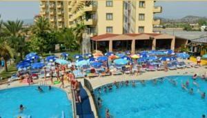 #Otel #Oteller #OtelRezervasyon - #Alanya, #Antalya - Xeno Otel Relax Alanya - http://www.hotelleriye.com/antalya/xeno-otel-relax-alanya -  Genel Özellikler 24-Saat Açık Resepsiyon, Bahçe, Teras, Asansör, Bagaj Muhafazası, Otelde Mağazalar Mevcut, Özel Plaj Alanı, Restoran (büfe) Otel Etkinlikleri Sauna, Fitness Merkezi, Masaj, Çocuk Bahçesi, Bilardo, Masa Tenisi, Dart, Türk Hamamı/Buhar Banyosu, Açık Yüzme Havuzu Otel Hizmetleri Od...