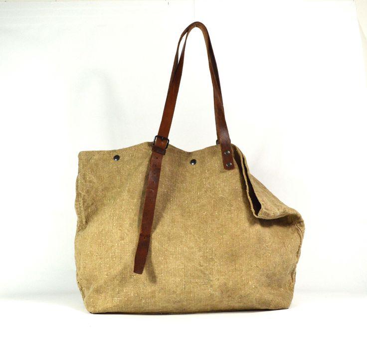 Jacono - Handmade canvas -leather bags - made in Parma – Italy – Art. 3714 shopper in tessuto rigenerato, due cinture regolabili a manici Dimensiono cm: Base 42, Altezza 40, Profondità 17.