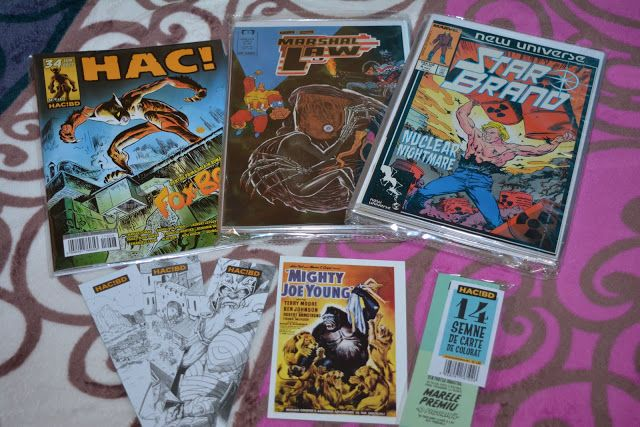 Rayuela: OMG! Vintage Comics de la SuperErou
