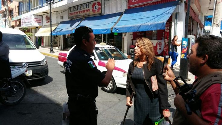 Civil dispara en protesta de profesores de la CETEG
