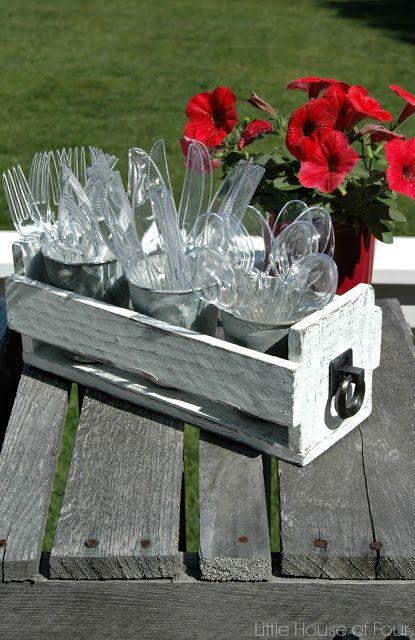 DIY Pallet Box Utensil Holder {Monthly DIY Challenge}
