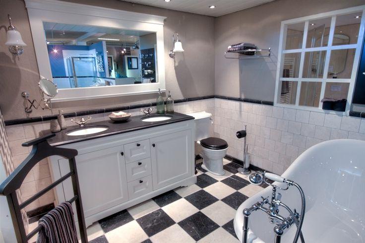 Best klassieke badkamer images destillieren