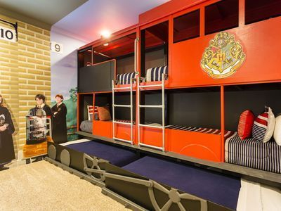 Harry Potter Themed Bedroom 9 Features Bunk Beds Inspired
