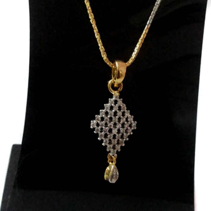 EXCLUSIVE SIMULATED CZ AMERICAN DIAMOND GOLD PLATED PENDENT SET