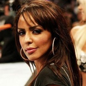 Layla El (English, Dancer) was born on 25-06-1977.  Get more info like birth place, age, birth sign, biography, family, relation & latest news etc.