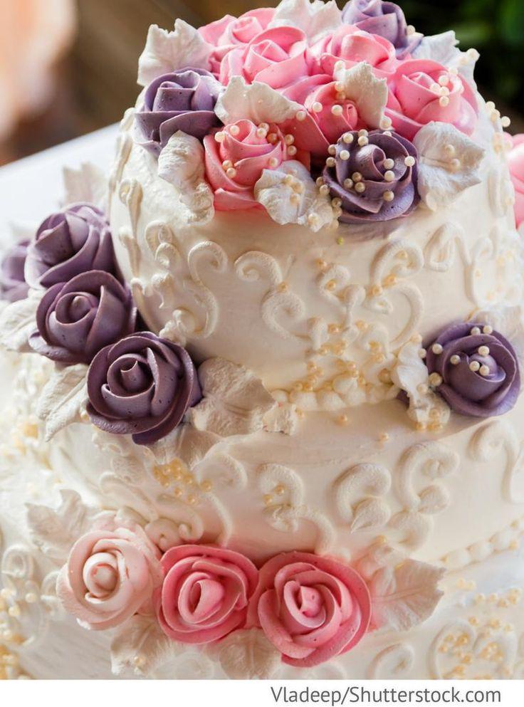Hochzeitstorte mit Rosen 3 stöckig für russische Hochzeiten