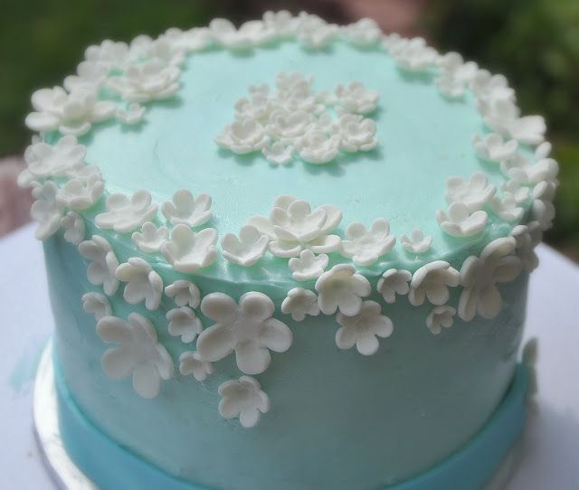 TurtleCraftyGirl: Flower Birthday Cake