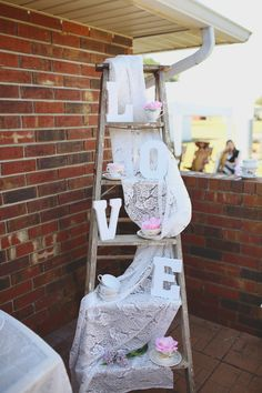 Southern Belle, Tea Party themed Bridal Brunch! Shabby Chic bridal shower. Bridal Brunch. Bridal shower ideas.