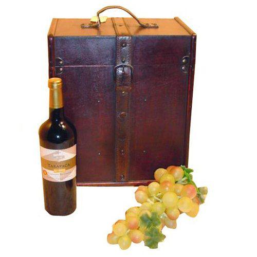 Een mooie decoratieve koffer voor in de huiskamer of serre.   Stop er 6 flessen wijn in en je hebt een nog leuker cadeau om te geven!   Afmeting: 30 x 20 x 34 cm.   Gewicht 3 kg. € 18,95