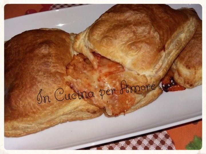 Quadrotti di #sfogliaripiena #giallozafferano #gialloblog #foodblogger #food