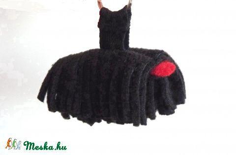 Meska -  Fekete,kulcstartó  puli  (Hungarikum) pannika kézművestől