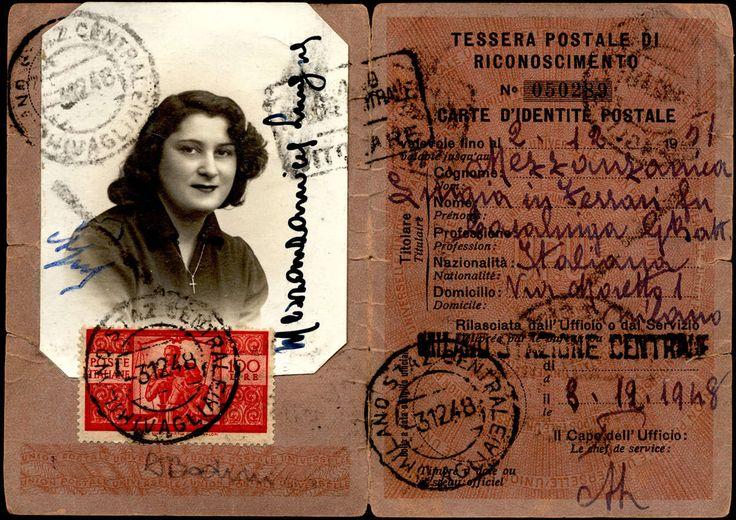 Italian Republic Documents 1948 - Tessera di riconoscimento postale con 100 lire Democratica, dent. 14 ¼ x 14 ¼, II lastra (565), ottimo stato, annullato a Milano 3/12/1948. A.Bodini. / [lettera/documento postale]