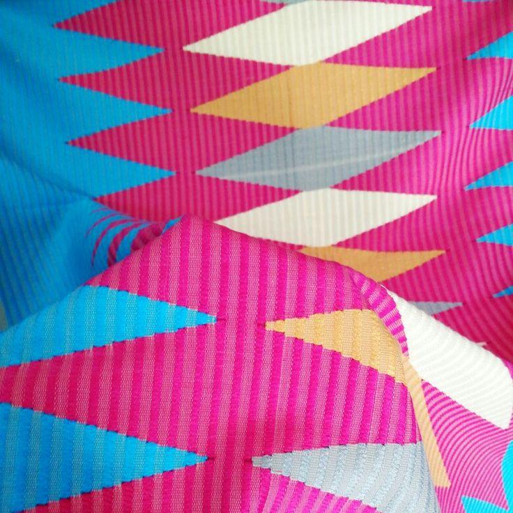 Songket Rangrang Biru Pink (original, handmade)  Harga: 630,000 Softopening disc. 10% untuk pemesanan melalui Line@ hingga 15 Okt 2015 Ukuran: +- 2 x 1 m  Bisa digunakan untuk kain kebaya atau outwear DIY  Kontak (pilih salah satu): Line@: @gaa2672a whatsapp: 081339870092
