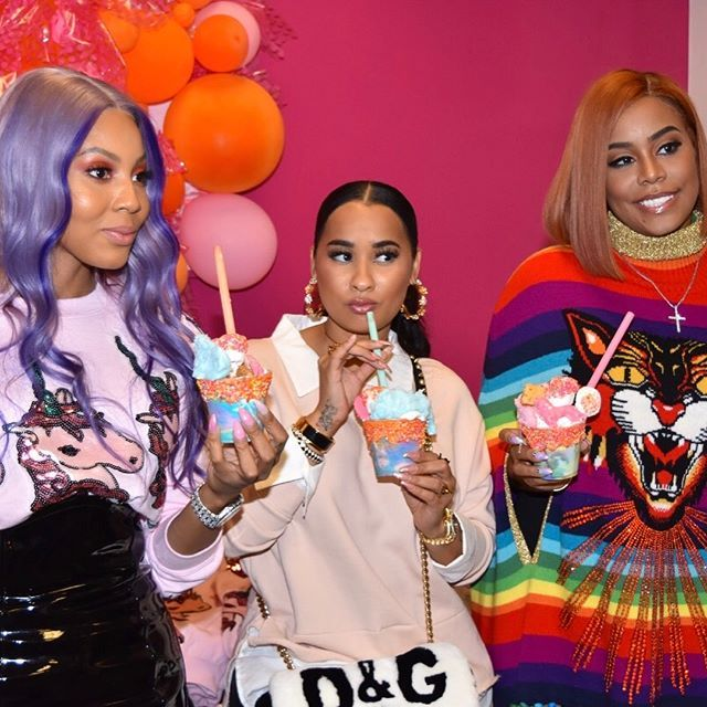 Amazing Pop Up yesterday! If you missed it be sure to come out today location @cheesecaked  and shop @unicornuniverseusa @richgirlcandy and have a Unicorn Milkshake #UnicornUniverse | shop my outfit in these pics @unicornuniverseusa