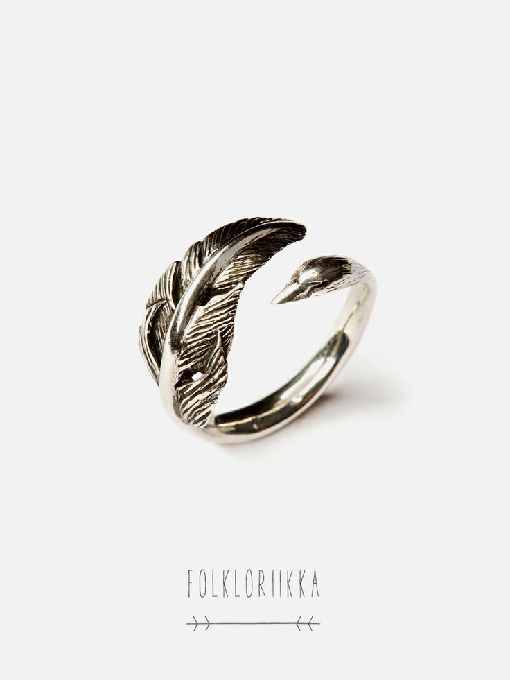 Swan Ring - The Familiars by Folkloriikka