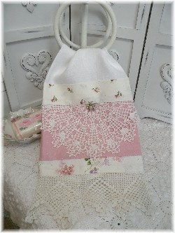 Guest towel Pink SWEET LOVE roses   MARIONBERRY COTTAGE
