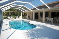 Ferienhaus Cape Coral: Komfortable Ferienvilla mit Pool