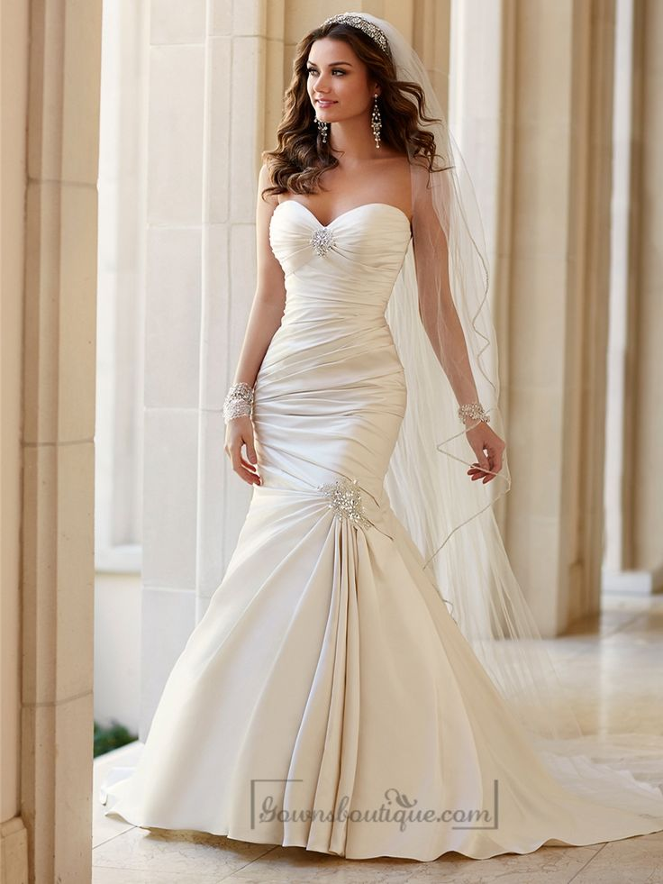 Embellishment Sweetheart Neckline Asymmetrical Ruched Fit and Flare Wedding Dresses