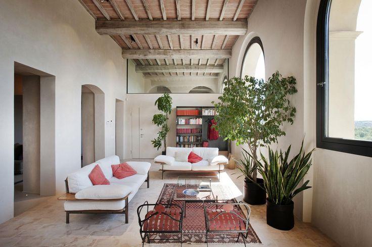 Veranda sok növénnyel - nappali ötletek, mediterrán stílusban