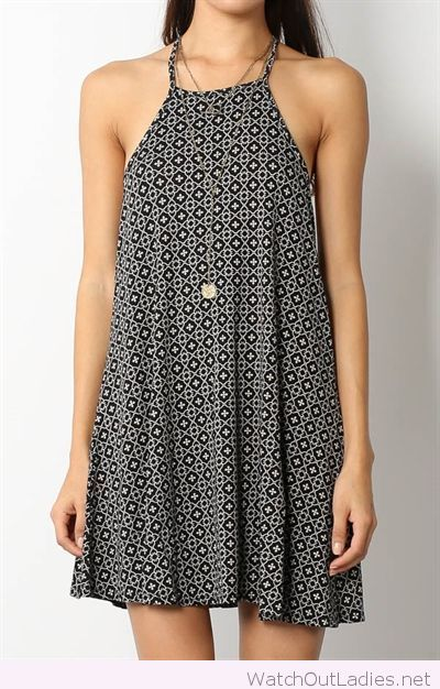 Wonderful dress print and necklace