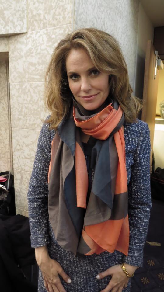 Amy Brenneman in Mona Sultan Clara Scarf