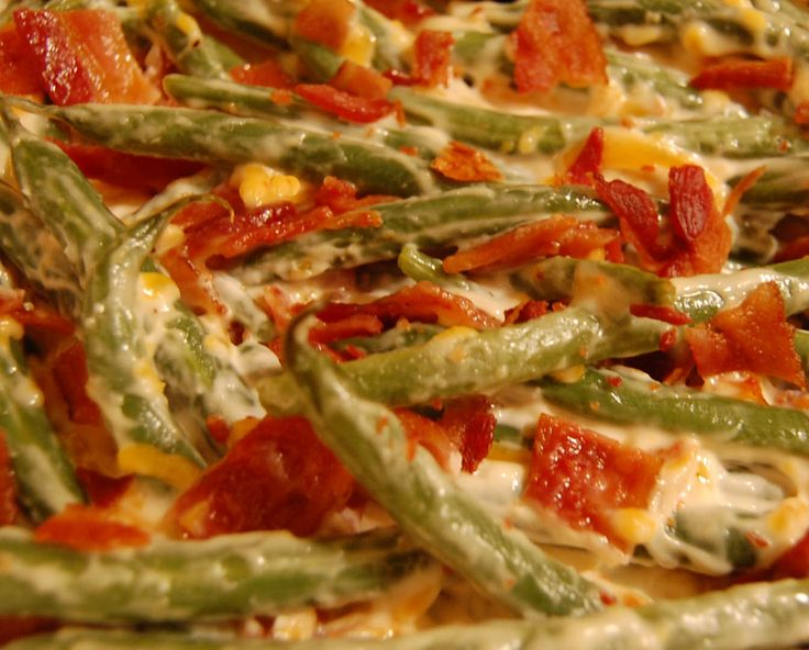 Bacon Green Bean Casserole with fresh green beans, creamy sauce, cheddar cheese and crunchy bacon - a new take on an old favorite!
