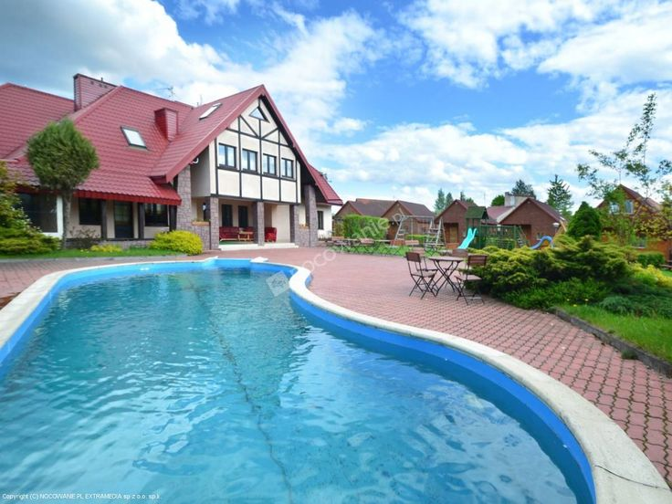 Klub Mazurski to obiekt stworzony z myślą o pobytach rodzinnych oraz aktywnym wypoczynku. Zdjęcia i oferta: http://www.nocowanie.pl/noclegi/ruciane_nida/os__wypoczynkowe/81158/ #nocowaniepl #accommodation #travel #lake #mazuria #Poland