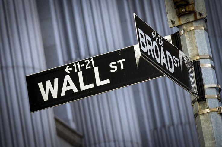 Dados econômicos puxam Wall Street para baixo - http://po.st/tWPSXy  #BolsadeValores - #Bolsa, #BolsaDeValores, #Consolidada, #EstadosUnidos, #Eua, #NY, #WallStreet