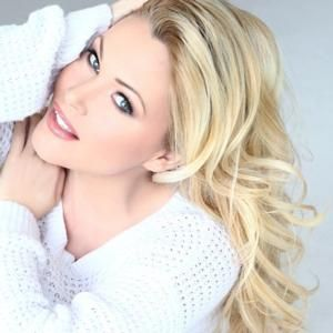 Shanna Moakler To Appear On Hollywood Exes