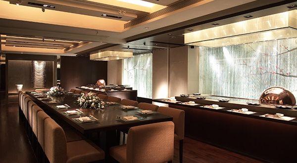 Shikigiku Japanese Restaurant At The Royal Garden Hong Kong Restaurants Hong Kong China Forbes Travel Guide Hotel Interior Hotel Interior Design Hotel Room Design