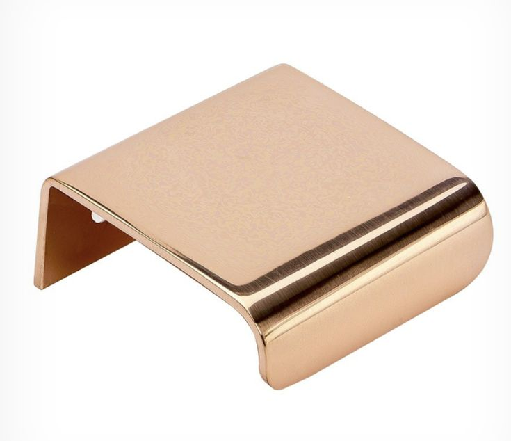 Poignée de meuble LIP en cuivre poli par Beslag Design