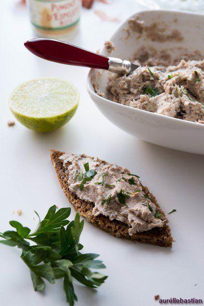 Rillettes de sardines et citron vert ( Aufstrich mit Sardellen und Limette )