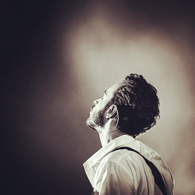 Gazing at the skyline Under the ocean of stars... heart emoticon  https://www.youtube.com/watch?v=Uj61awpwX5Y ‪#‎So_in_love_with_Tom_Smith‬ ‪#‎Editors‬ Hammersmith Apollo, London, 13/10/2015
