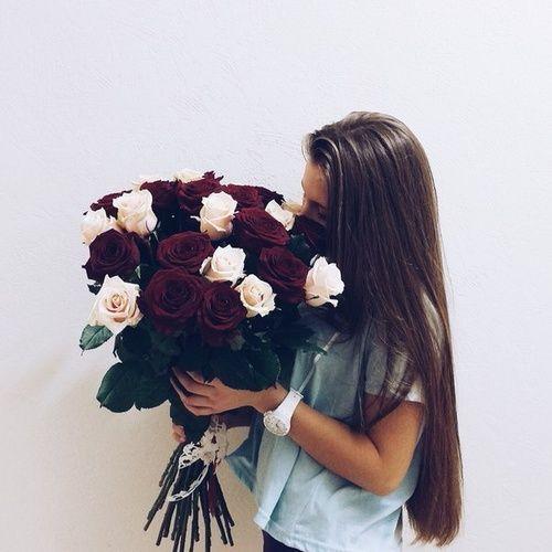 https://youtu.be/8eGOi2L5AwE this explains why I'm still around. You look very beautiful here... użytkownika Lady in Euphoria | We Heart It