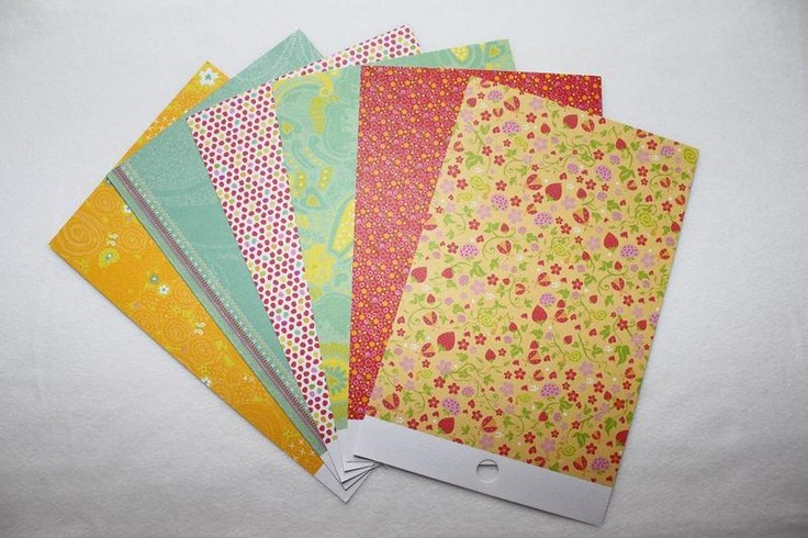 - 6 Blatt Scrapbookingpapier   - 230g  - doppelseitig  - verschiedene Muster  - geeignet für: Karten, Tags,    Geschenkanhänger, Scrapbookalben