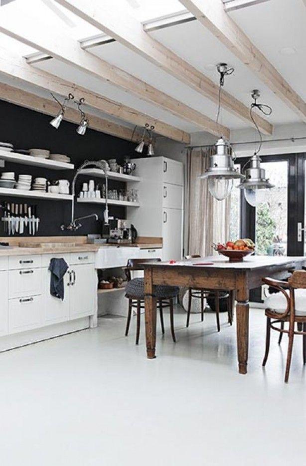 Feng Shui Open Keuken : White Kitchen Black Wall
