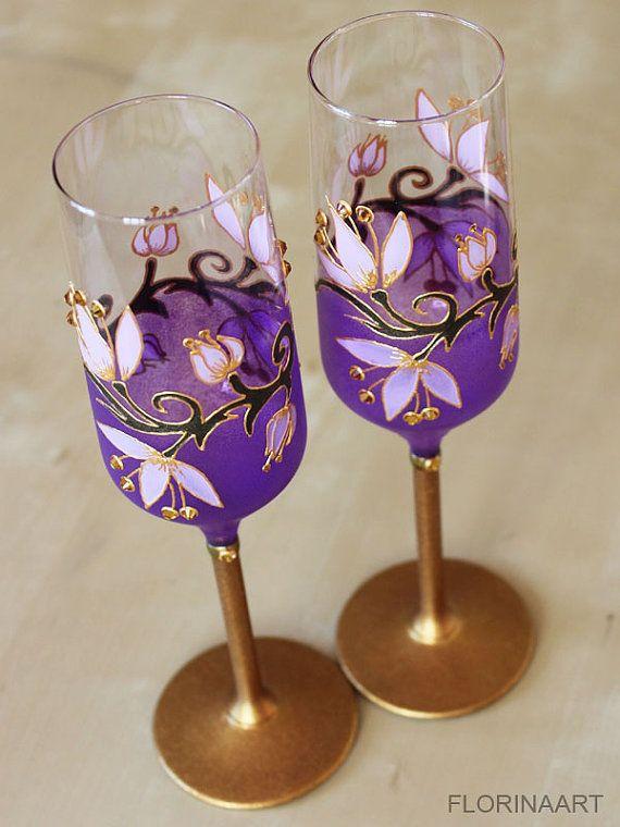 Champagne Flutes Purple Wine Glasses Wedding Glasses by FLORINAART