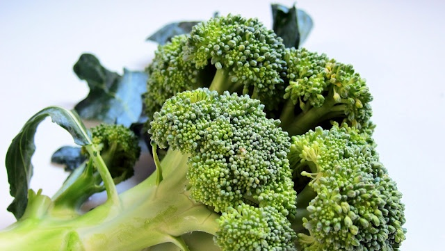 Did you know that when broccoli is PRESSURE COOKED it retains 92% of its Vitamin C vs 32% boiled  just 22% steamed?!?