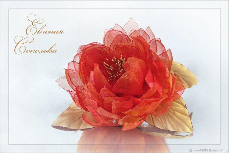Брошь Хризантема из органзы – купить в интернет-магазине на Ярмарке Мастеров с доставкой