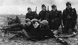 Soldados alemanes en una villa de Noruega.