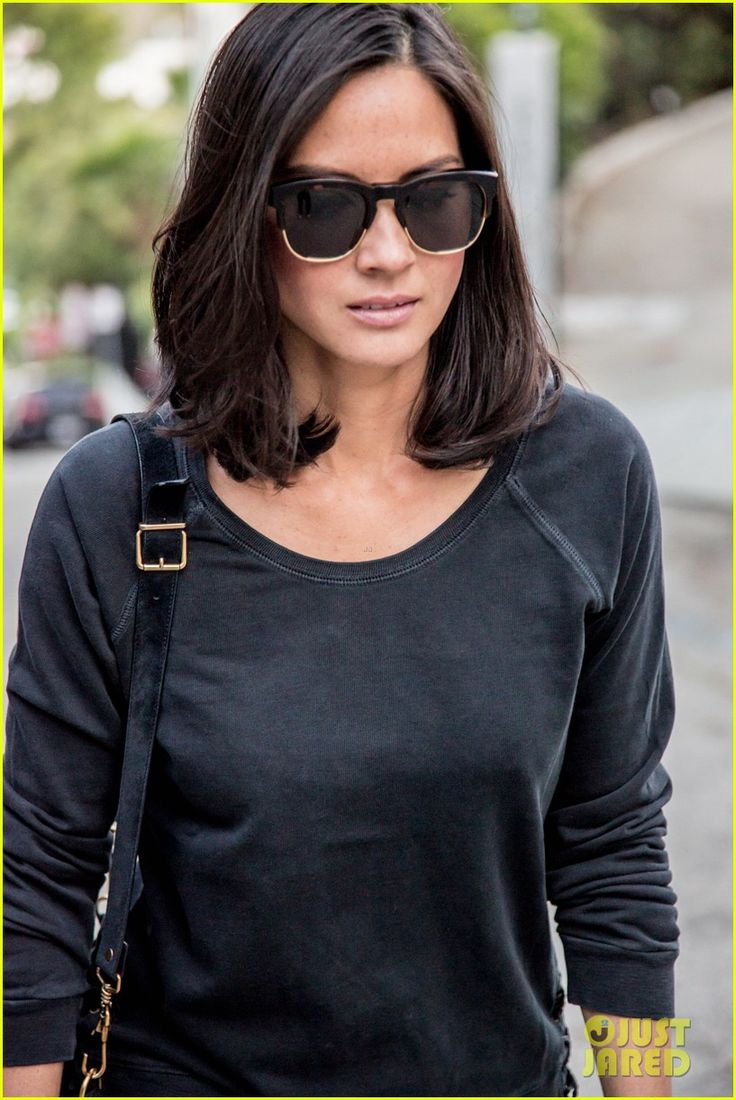 Olivia Munn is chic in all black as she leaves the Chateau Marmont in these pics given exclusively to JustJared.com on Wednesday (May 15) in Los Angeles.    That…