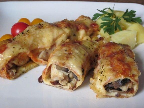 Kuracie mäso na šampiňónoch a zapečené v palacinke